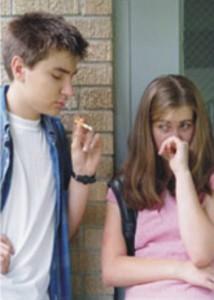 Boy Girl Smoking1